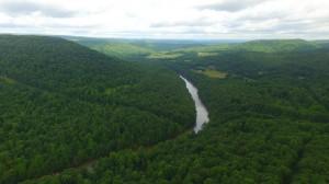 004 Yough River bend looking N